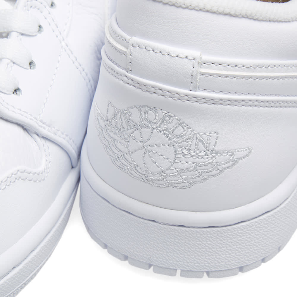 d44ed9cfd6e272 Air Jordan 1 Low White   Pure Platinum
