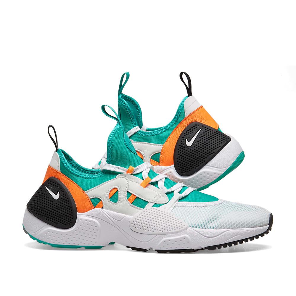 brand new bcd54 5f4a6 Nike Huarache E.D.G.E TXT QS. White   Clear Emerald