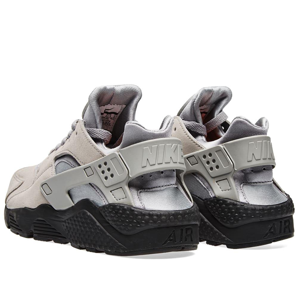 f5b0eb75d70ef Nike Air Huarache Run SE Matte Silver   Black