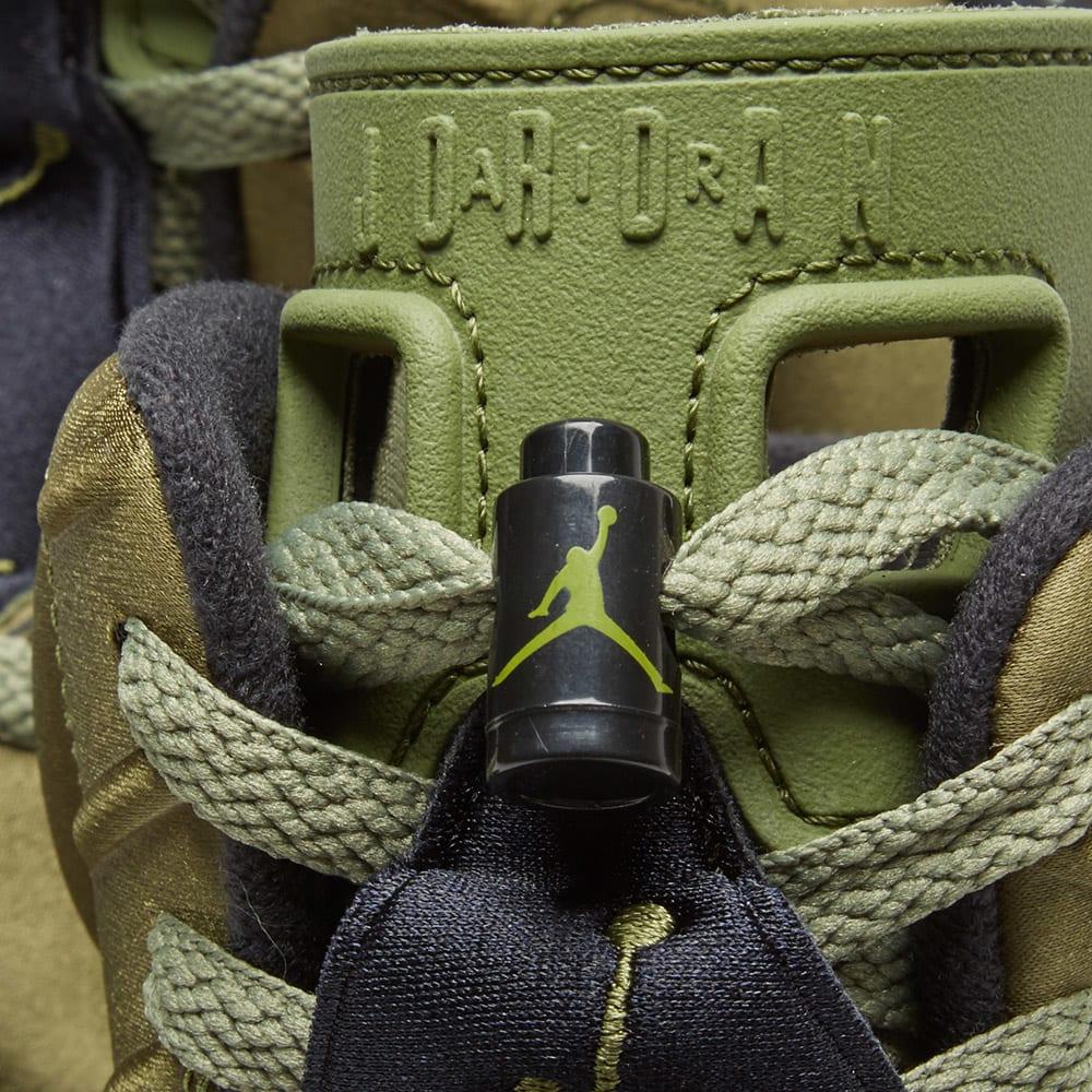 b492d820ce3 Alexander McQueen All Over Print Skull Sock Ivory & Black | END.
