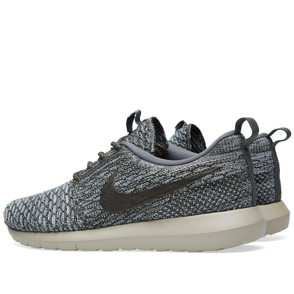 Nike Roshe Run Flyknit Schwarz