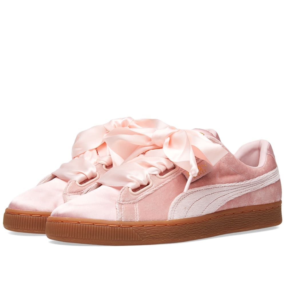 best service 79c87 bfa0e Puma Basket Heart Velour & Satin W