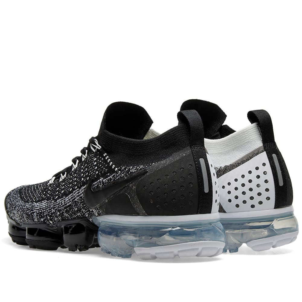 the latest dc0d5 bb0f4 Nike Air VaporMax Flyknit 2