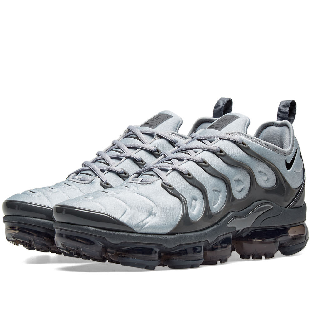 5ee32ebd6efd7 Nike Air VaporMax Plus Wolf Grey   Black