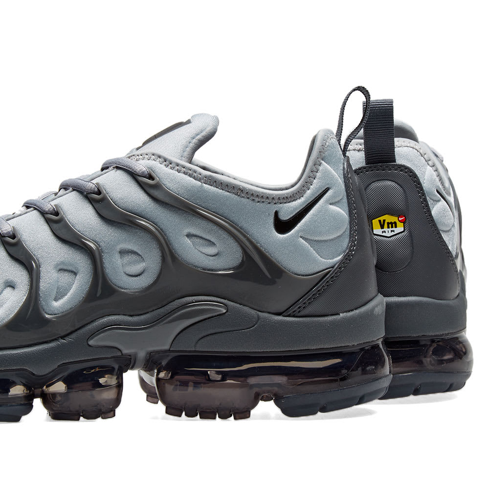timeless design 77378 50874 Nike Air VaporMax Plus