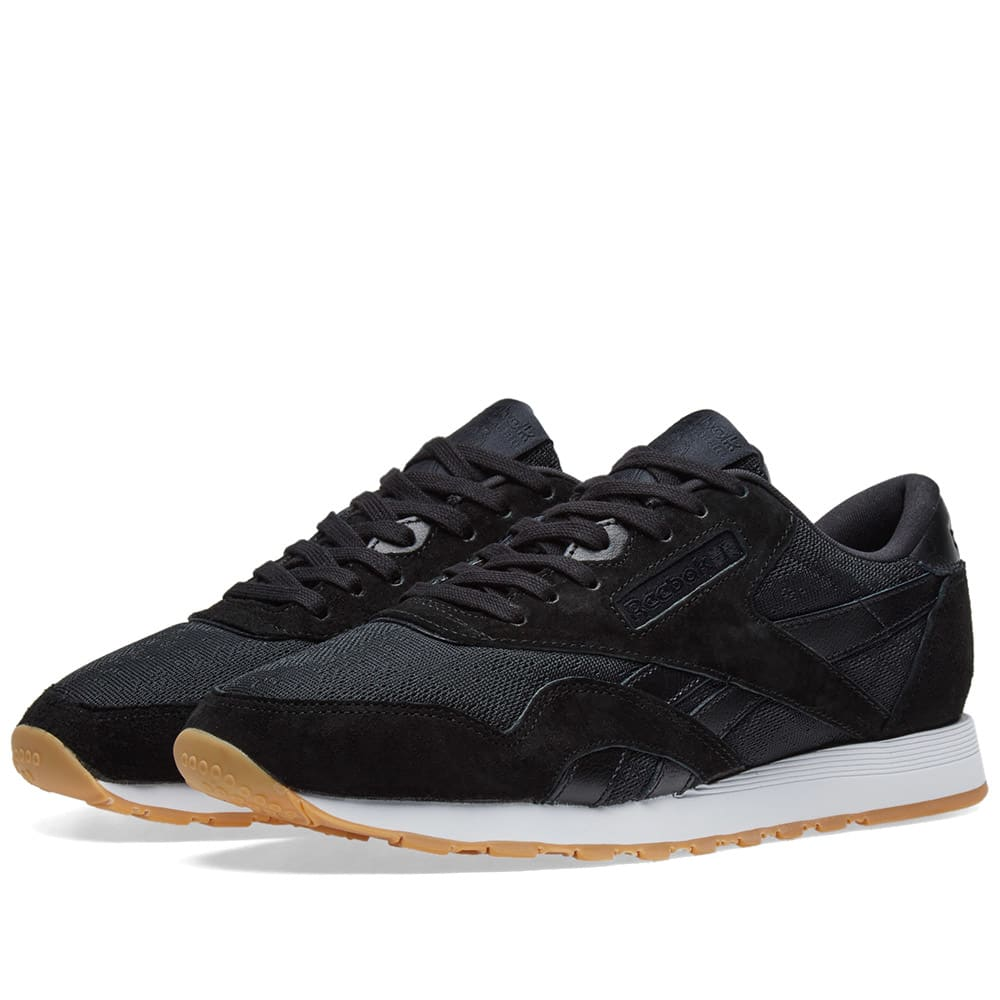 tubo Valiente defensa  Reebok Classic Nylon HS Black & White Gum | END.