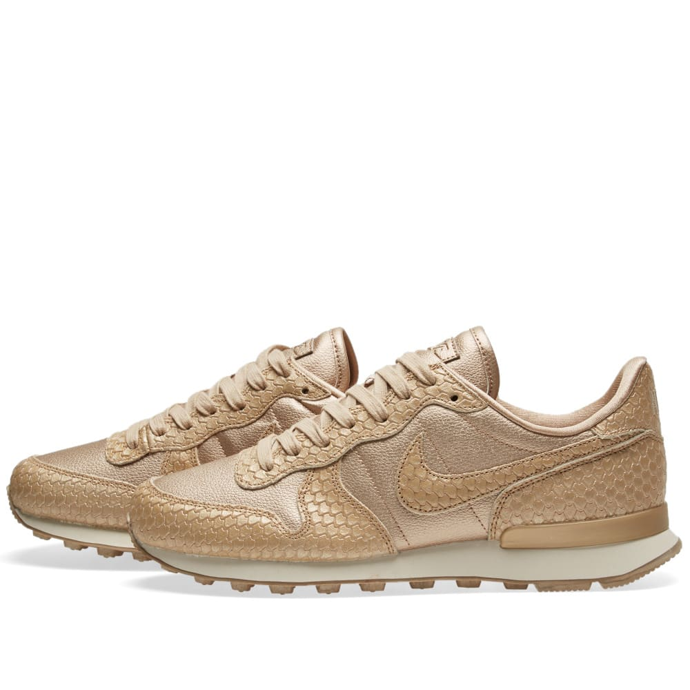 best authentic a4dda 1f271 Nike Internationalist Premium W Blur   Light Orewood Brown   END.