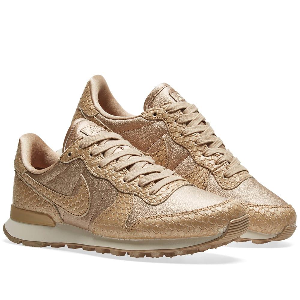cheap for discount 2dcb0 22479 Nike Internationalist Premium W. Blur   Light Orewood Brown