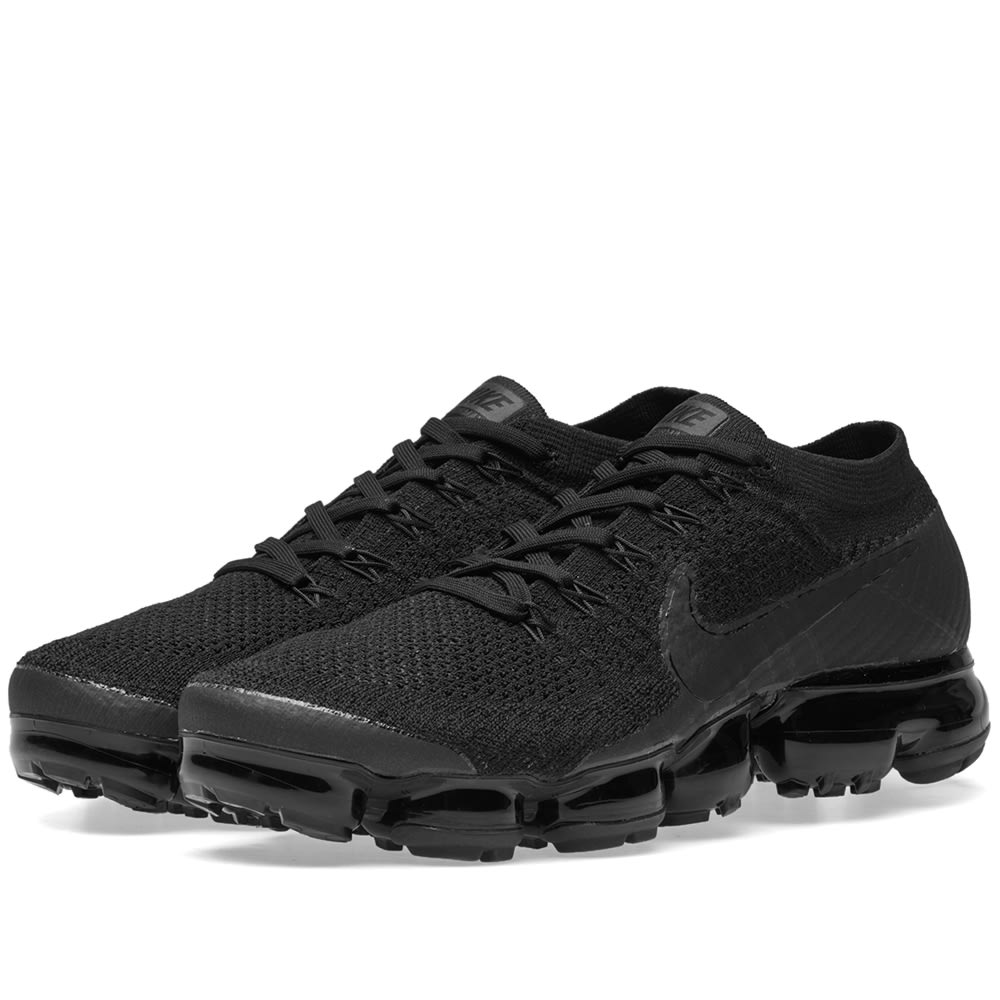 c5477d104b610 Nike Air VaporMax Flyknit W Triple Black