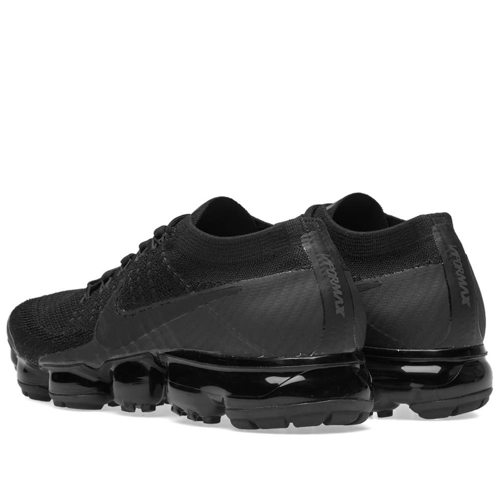 695b79d41d439 Nike Air VaporMax Flyknit W Triple Black