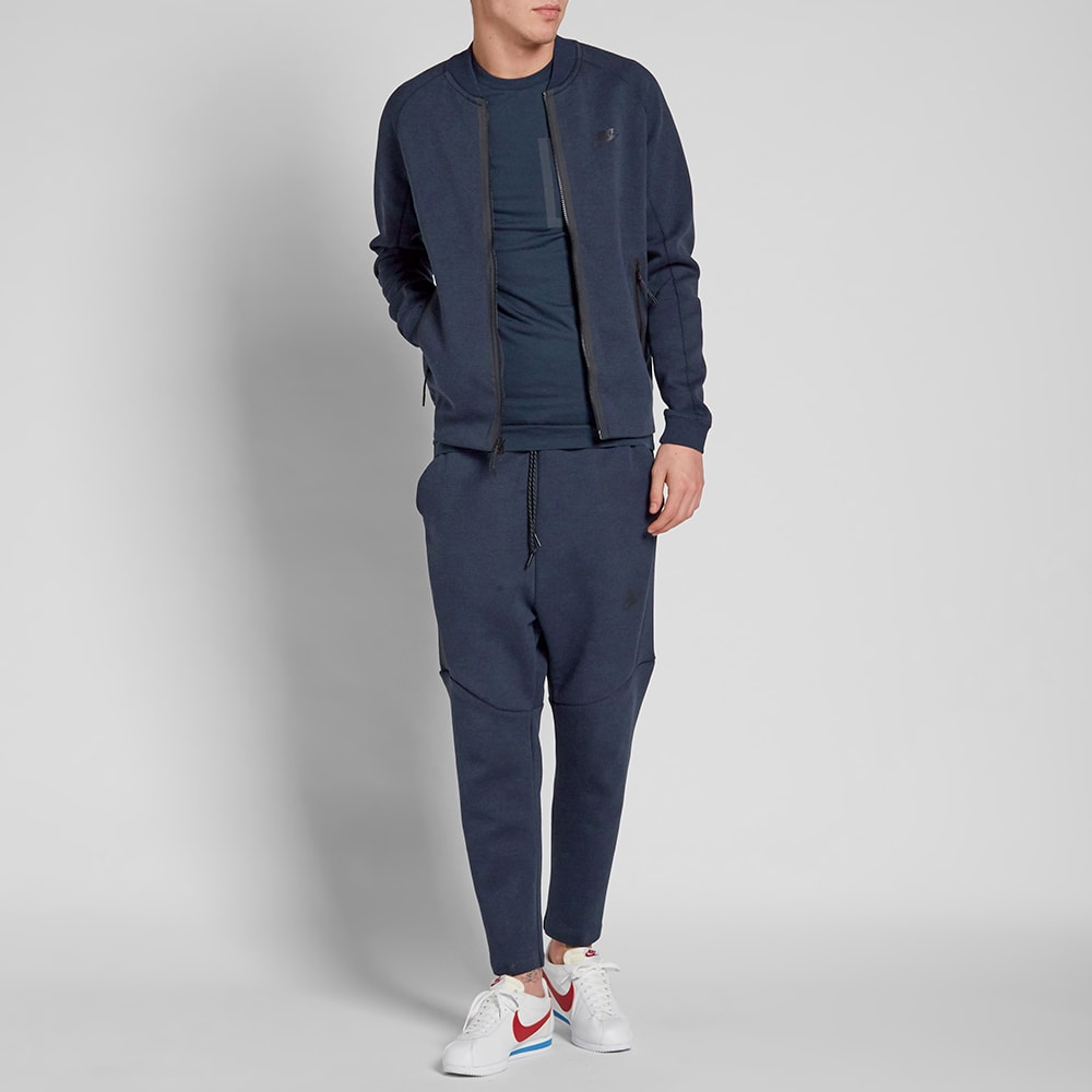 nike tech fleece cropped pant obsidian heather black. Black Bedroom Furniture Sets. Home Design Ideas