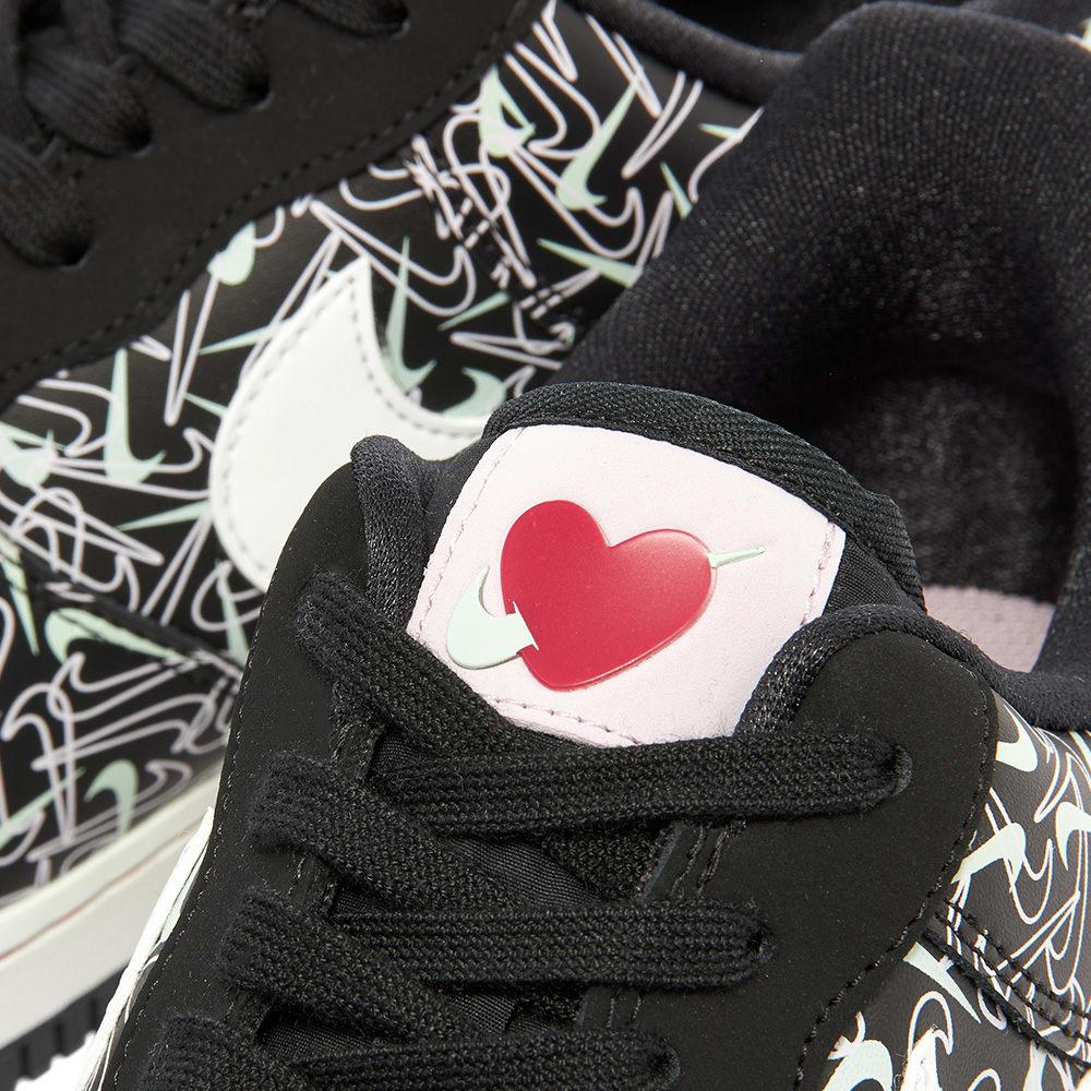 Nike Air Force 1 '07 SE Premium 'Valentines Day' W