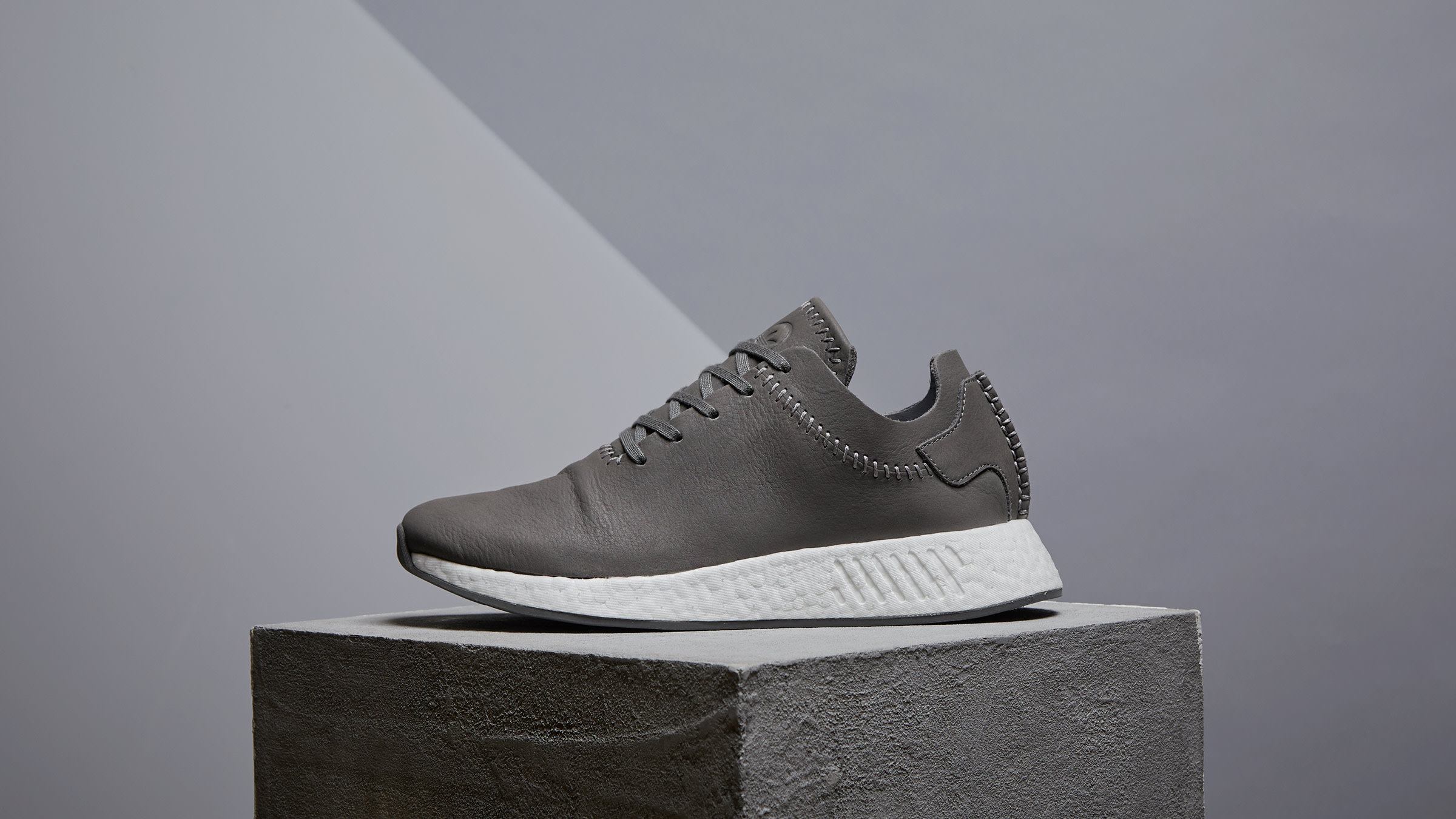 competitive price ccc94 2a696 Adidas x Wings + Horns NMD R2 Ash   Off White   END.