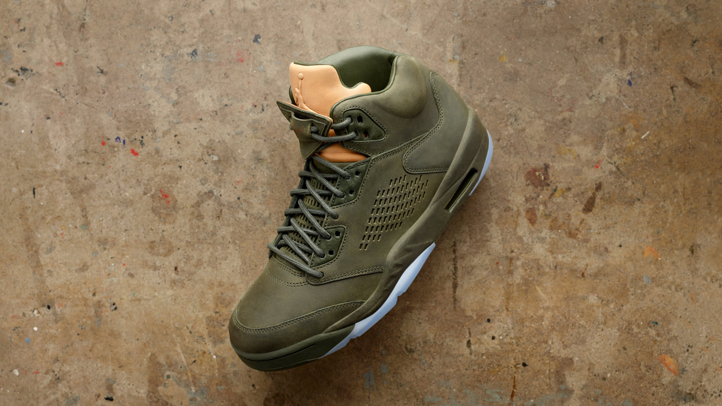 reputable site 5b81c b723f Nike Air Jordan 5 Premium  Take Flight  Sequoia   Metallic Gold   END.
