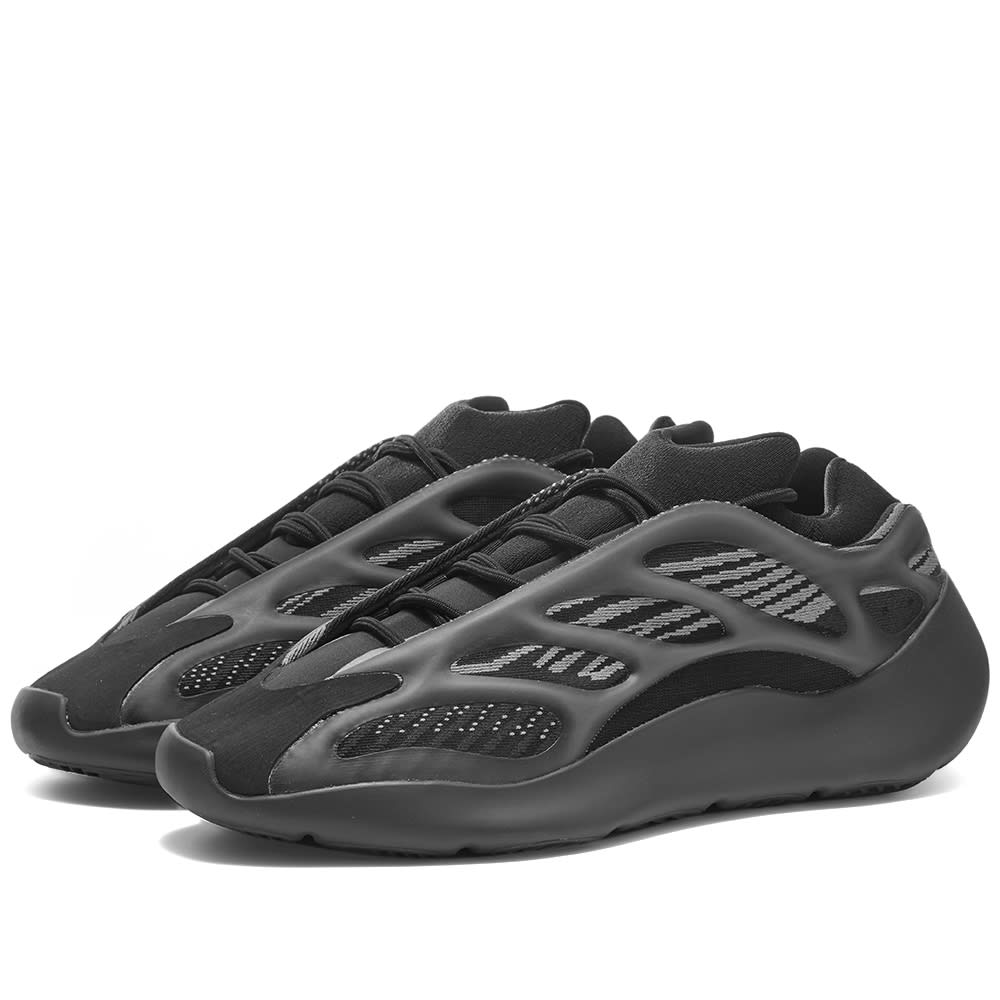 Yeezy Boost 700 V3 Alvah   END.