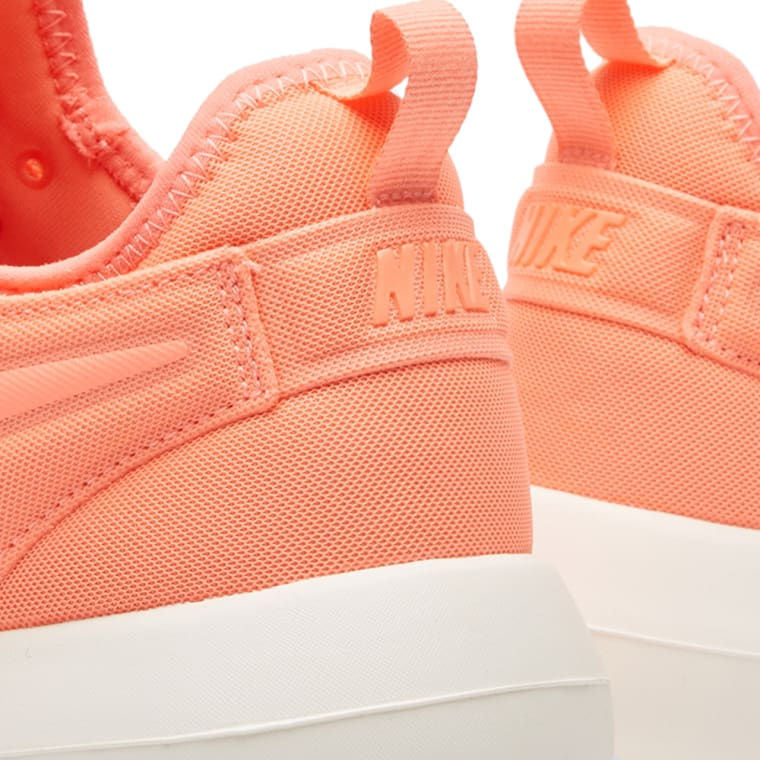 pretty nice 1861b 16de7 Two amp  W End atomic Nike Roshe Pink Sail qavEFTw