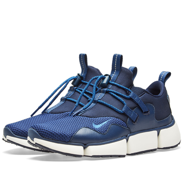 Nike Pocketknife DM Obsidian/ Gym -Navy-Sail