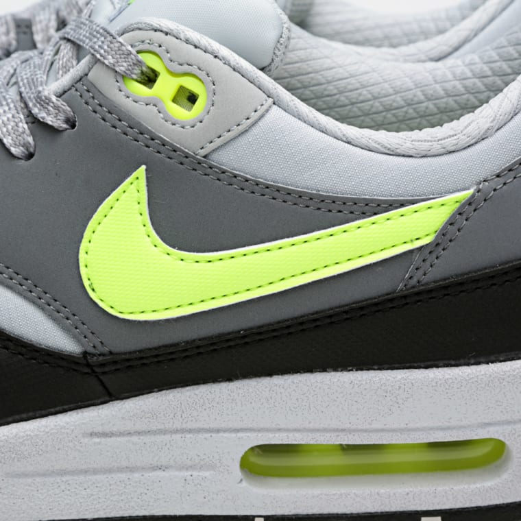 size 40 9fa23 5104d Nike Air Max 1 Essential Dusty Grey, Volt  Cool Grey 2