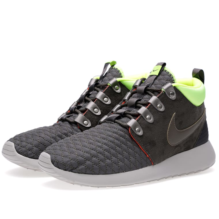 b018d2aa64335 Nike Rosherun Sneakerboot (Newsprint   Smoke)