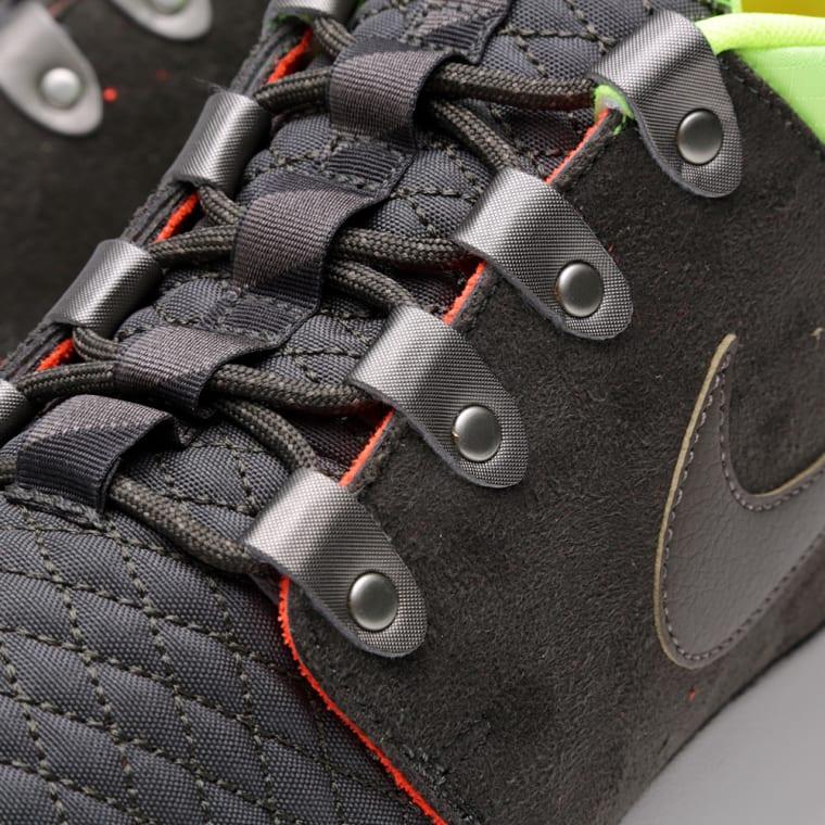 on sale 50580 cf9be Nike Rosherun Sneakerboot Newsprint   Smoke 1