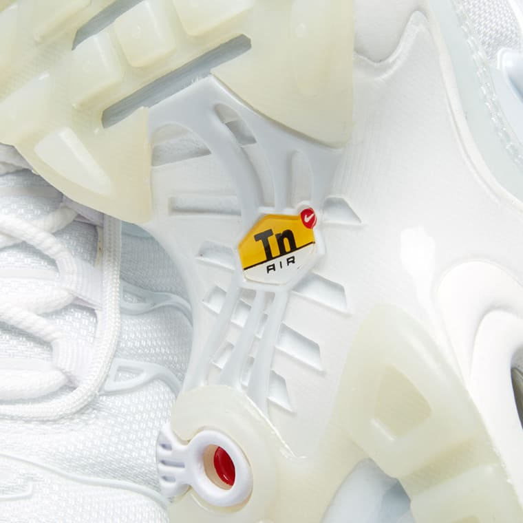 sports shoes ca769 d82b4 ... germany nike air max plus se w white pure platinum ice 6 6c6dd a3912