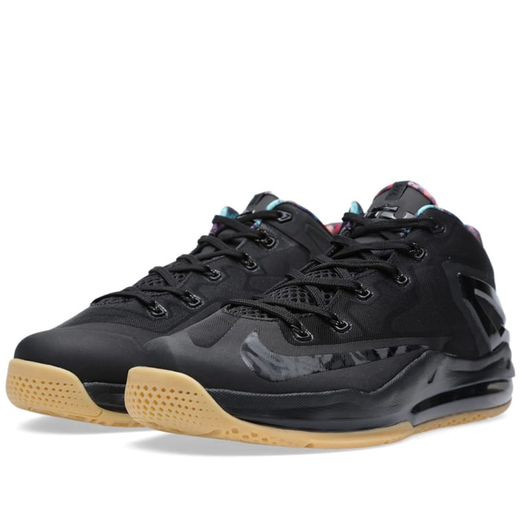Nike Max Lebron XI Low Black \u0026 Hyper Crimson 1