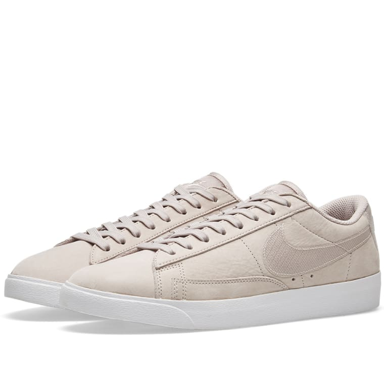 low cost ea114 e30f3 Nike Blazer Low LX W Moon Particle  White 1