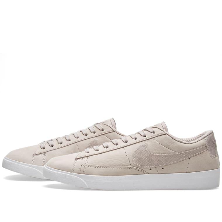 timeless design c48fa 180f5 Nike Blazer Low LX W Moon Particle  White 2