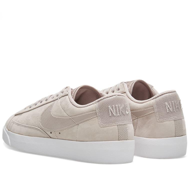 more photos d4fdc 4c24e Nike Blazer Low LX W Moon Particle  White 3