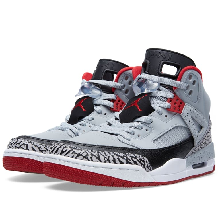 f0aa983b6c878d Nike Sideline II Cheer Youth Cheerleading Shoes Size 3 NEW. air jordan  spizike wolf grey 3s