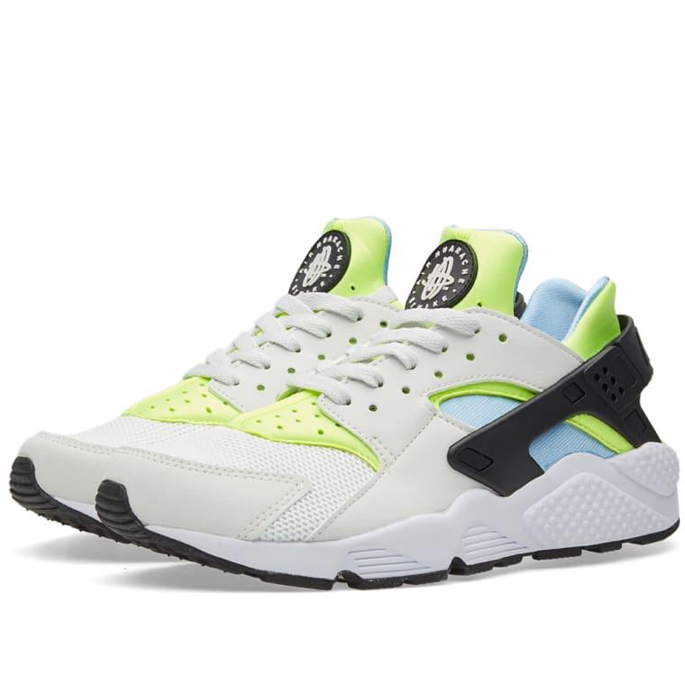 69354c53cd31 Nike Air Huarache (Off White   Barely Volt)