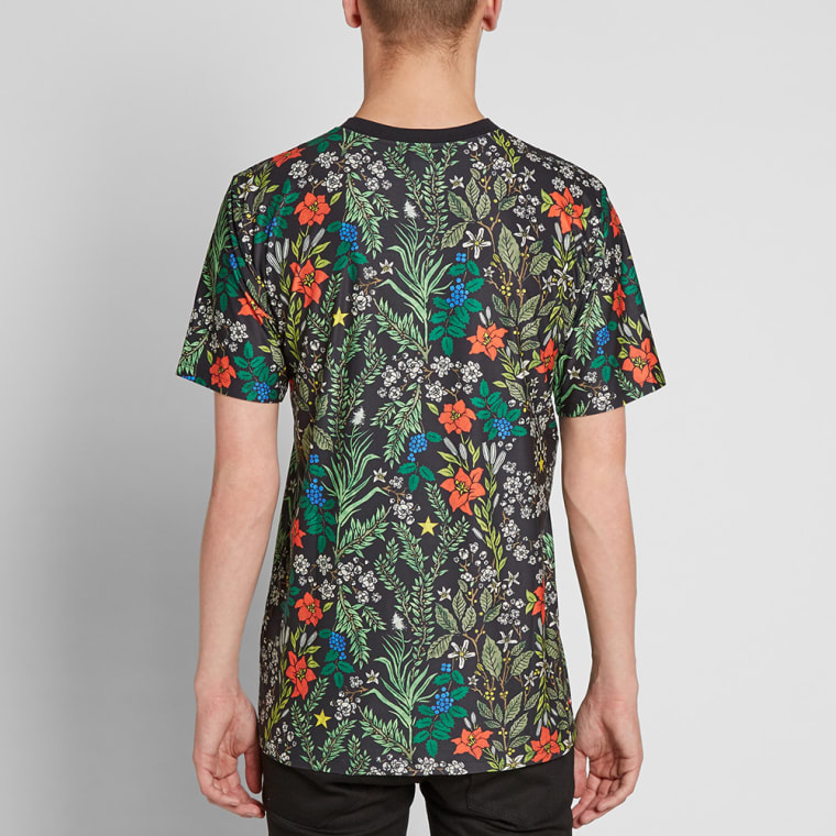 best authentic 18719 947d0 ... canada nikelab x riccardo tisci floral tee black white 5 4dbbe 2b823