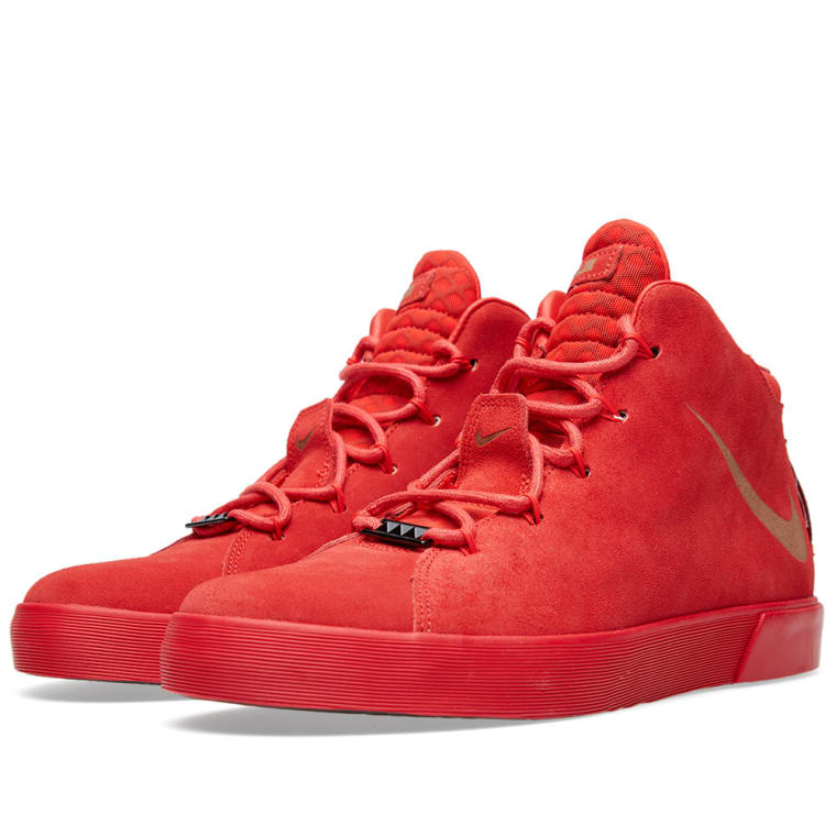 Nike LeBron XII NSW LIfestyle QS. Challenge Red