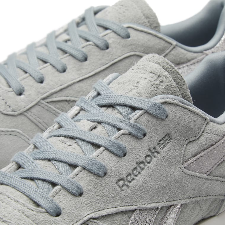86f8f6020a727 Reebok Classic Leather Shimmer W (Flint Grey