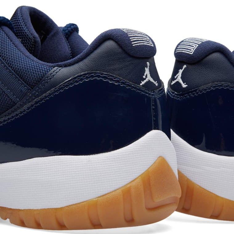 Nike Air Jordan 11 Retro Low (Midnight Navy, White & Gum ...