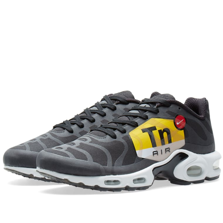 Nike Air Max Plus TN Ultra Armory Navy Sneaker Bar Detroit