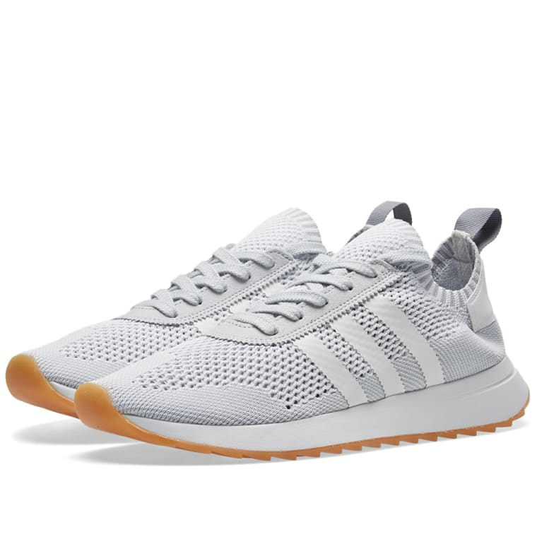 new product ab1d0 1452a Adidas Flashback PK W White  Clear Grey 1