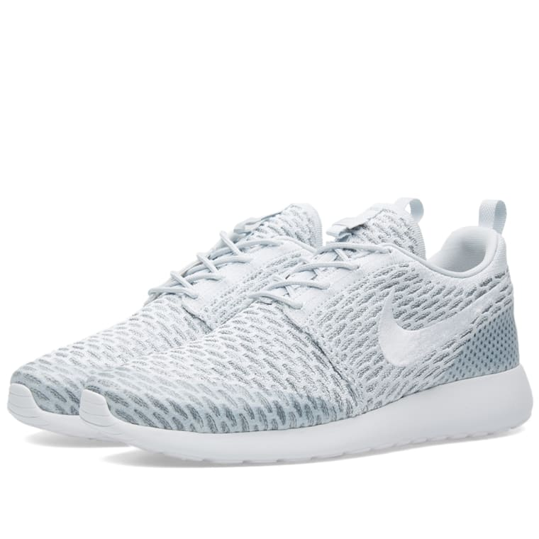 1c4b7d9c332a Nike W Roshe One Flyknit (Pure Platinum   White )