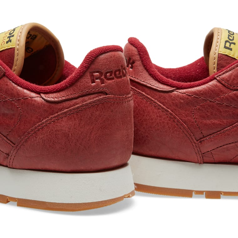 8b700be772c Reebok Classic Leather Boxing (Rugged Maroon   Retro Yellow)