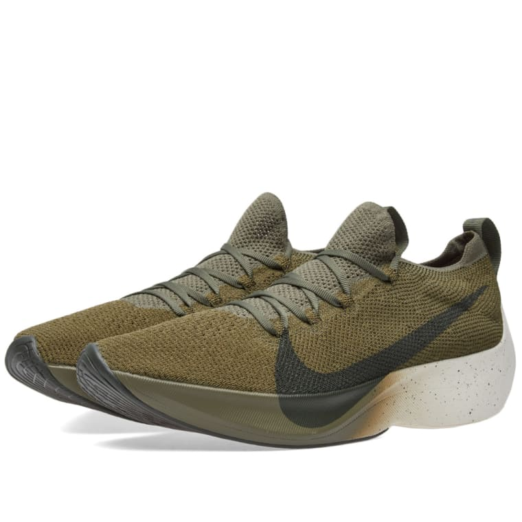 Nike Vapor Street Flyknit Medium Olive, Sequoia  Sail 1