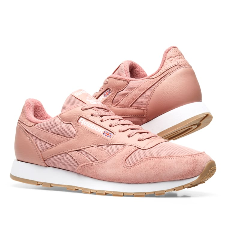 6ef3d3c7e67 Reebok Essential Pastel Classic Leather (Chalk Pink   White)