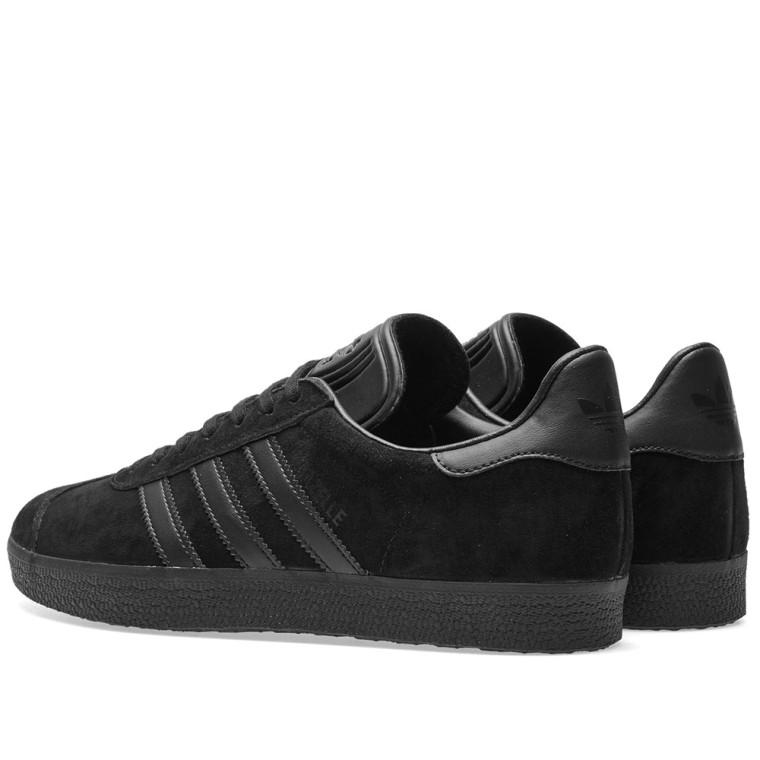 adidas gazelle of black