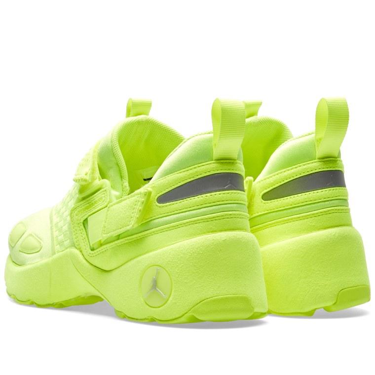 6998c457834ac5 ... classic sneaker b644e f5fac Nike Air Jordan Trunner LX Energy GG Pinnacle  Release . ...