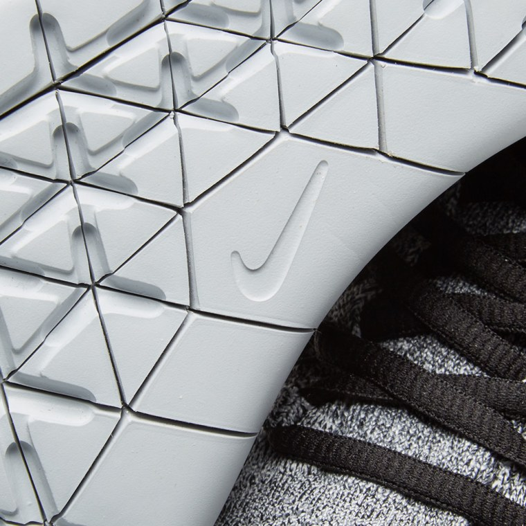 nike free black and white pattern tile