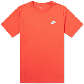 Nike Heritage Chest Logo Tee