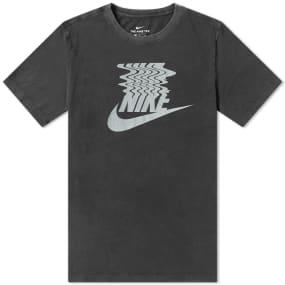 Nike Vibes Tee