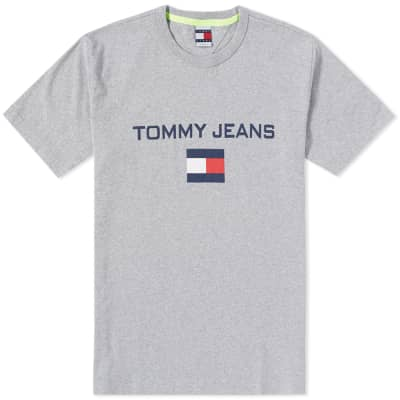 Tommy Jeans 5.0 90s Logo Tee