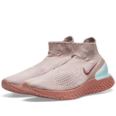 Nike Rise React Flyknit W