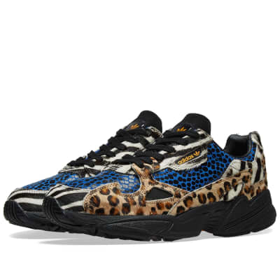 173313ef066f Adidas Falcon W  Animal ...