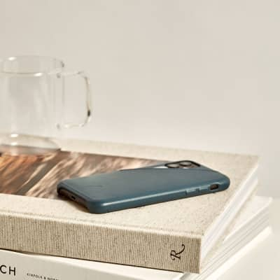 Native Union Clic Card iPhone 11 Pro Case